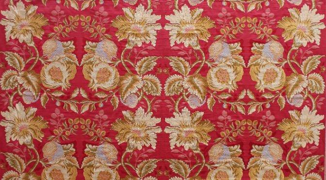 Lampas, Italian silk fabric | Tessitura Bevilacqua