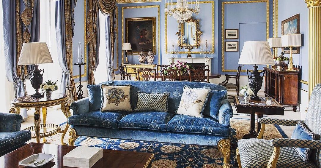 Soft and cosy: the magnificence of velvet sofas