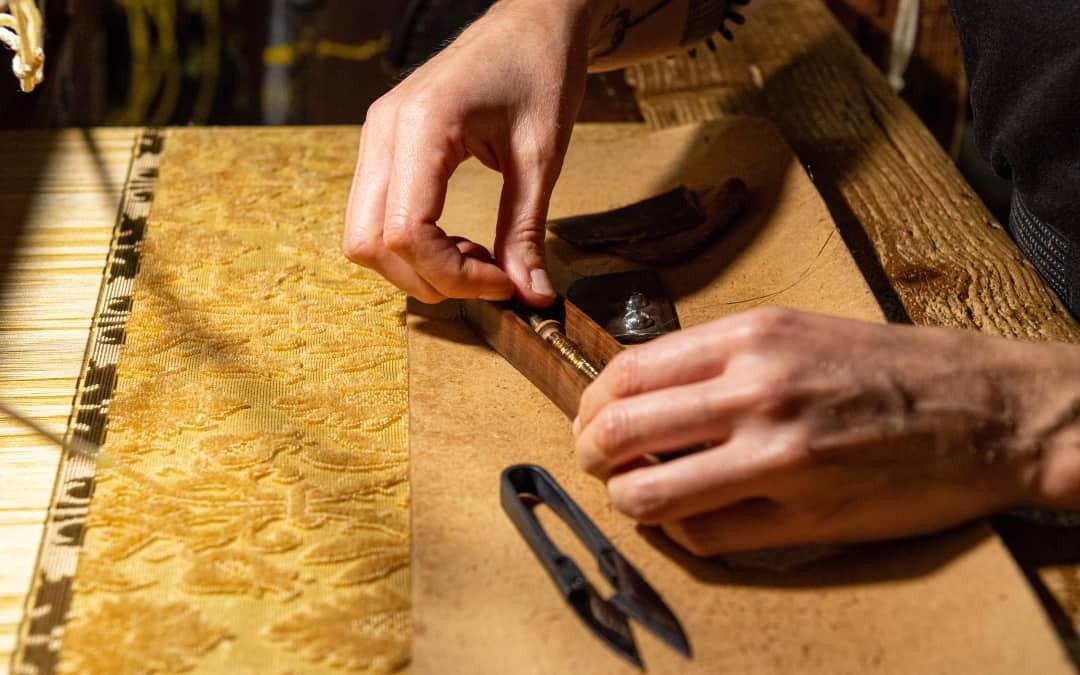 tessitura a mano velluto soprarizzo | Tessitura Bevilacqua