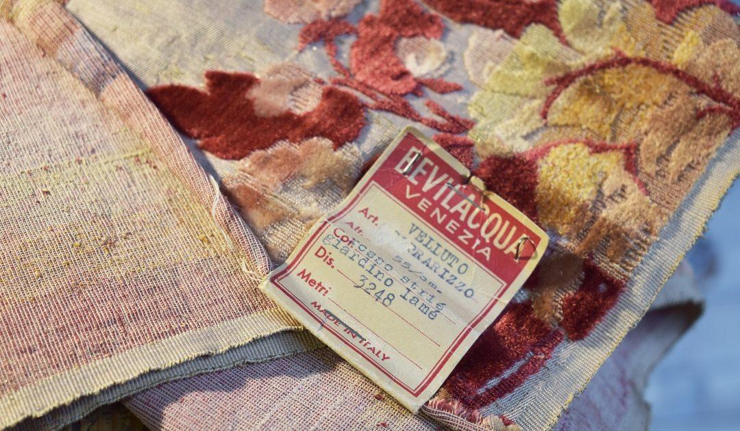 Jardiniere pattern: the refinement of multicoloured fabrics