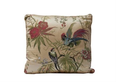 Uccelli Lampas Cushion