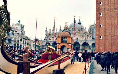 The splendour of 16th-century Venice in a gondola