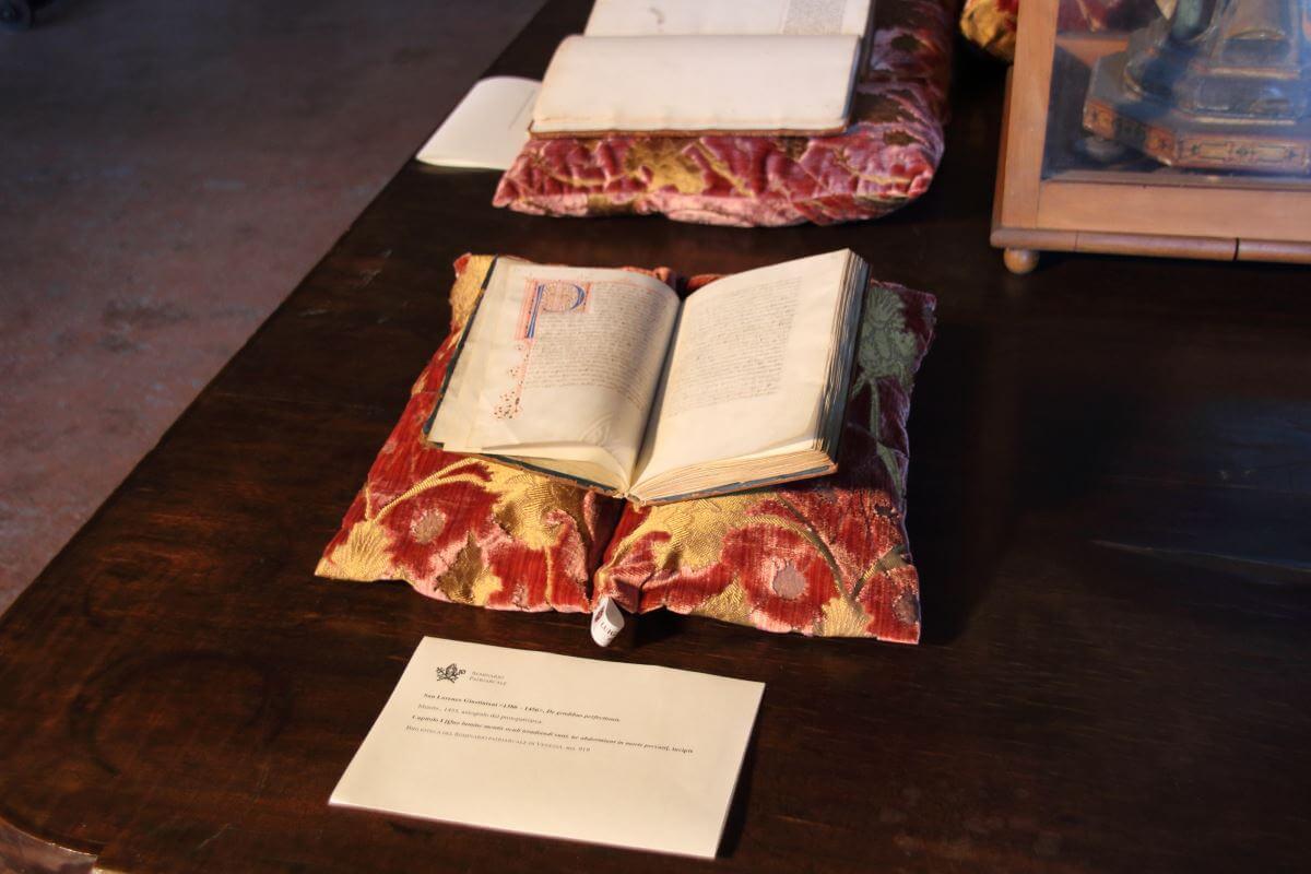 Cuscini Archivio Patriarcato Venezia-4 | Tessitura Bevilacqua