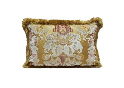 Fioroni Velvet Cushion