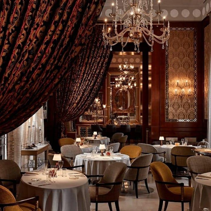 Tende velluto ristorante Sesamo Marrakech | Tessitura Bevilacqua