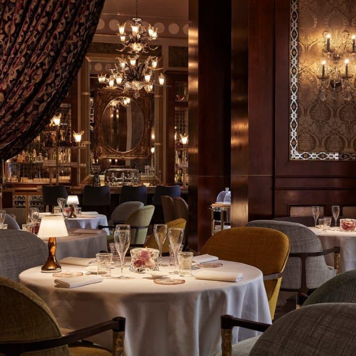 Tendaggi velluto ristorante Sesamo Marrakech | Tessitura Bevilacqua