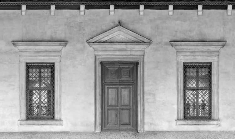 Sala del Piovego - portale e finestroni della facciata palladiana