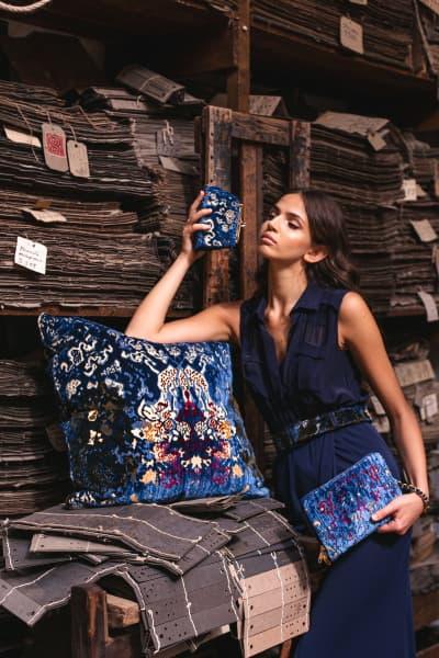 Borse Isabella e Bianca e cuscino collezione Coralli | Tessitura Bevilacqua