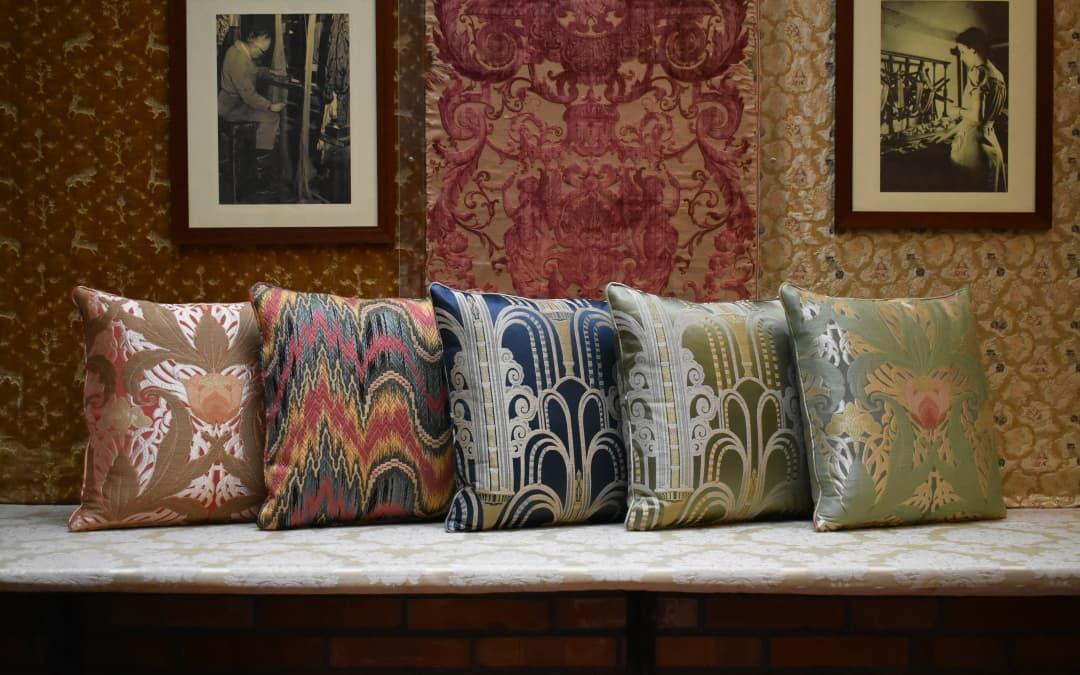 Cuscini eleganti per divani   Tessitura Bevilacqua