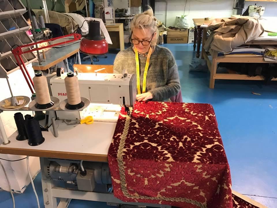 Velluto Ardis rosso per restauro Dogaressa | Tessitura Bevilacqua