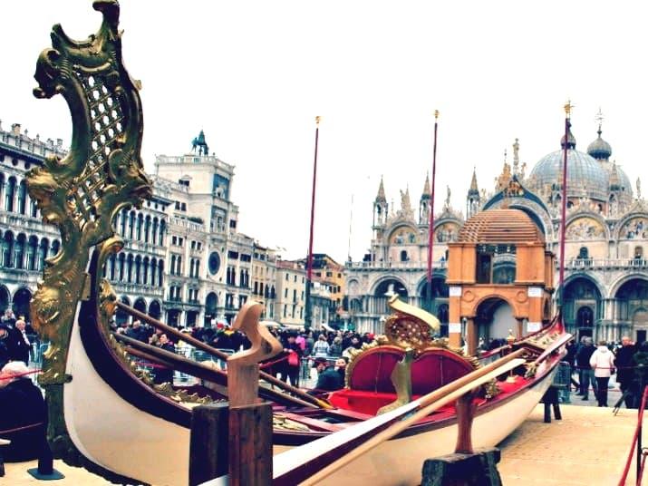 Gondola Dogaressa restaurata